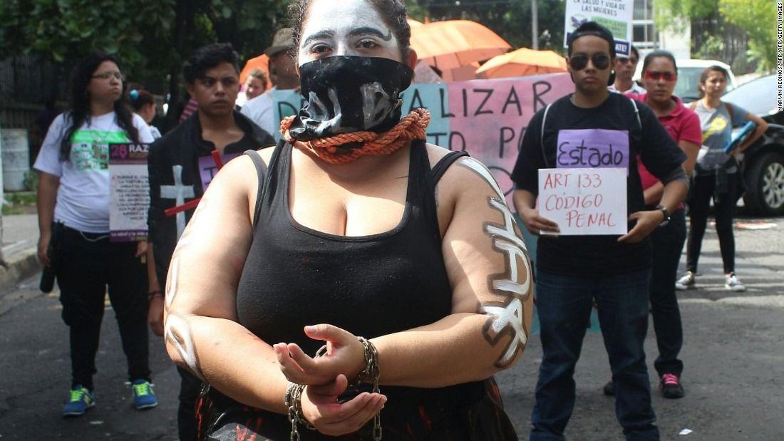 170622154929-el-salvador-abortion-rights-demonstration-super-169.jpg