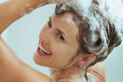 2484-Best-Hair-Wash-Tips-Our-Top-10-ss.jpg