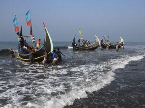 ဘင်္ဂလားဒေ့ရှ်နိုင်ငံမှာ ငါးဖမ်းခွင့် (၆၅) ရက်ကြာ ပိတ်ပင်