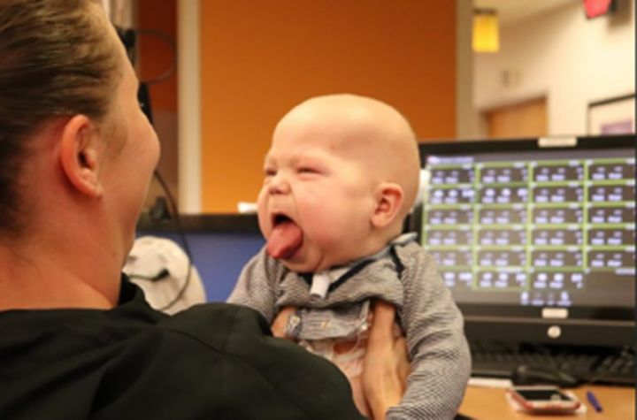 6_CATERS_BIG_TONGUE_BABY_07-768x507.jpg