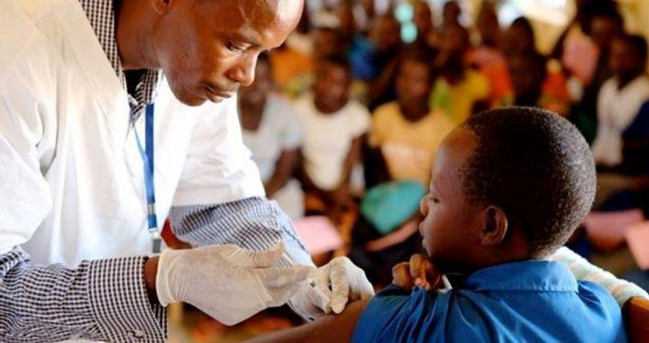 African-Children-Receive-Malaria-Vaccine.jpg