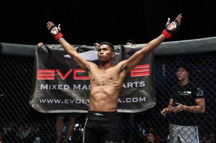 Amir-Khan-dau-voi-vo-si-MMA-bat-bai-tai-ONE-Championships-1.jpg