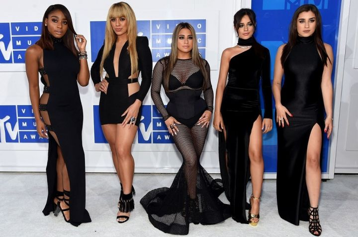 Fifth-Harmony-attend-the-2016-MTV-Video-Music-Awards.jpg