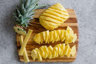 How-to-Cut-Pineapple-6.jpg