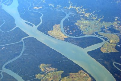 Irrawaddy-River-Myanmar-Burma-2005.jpg
