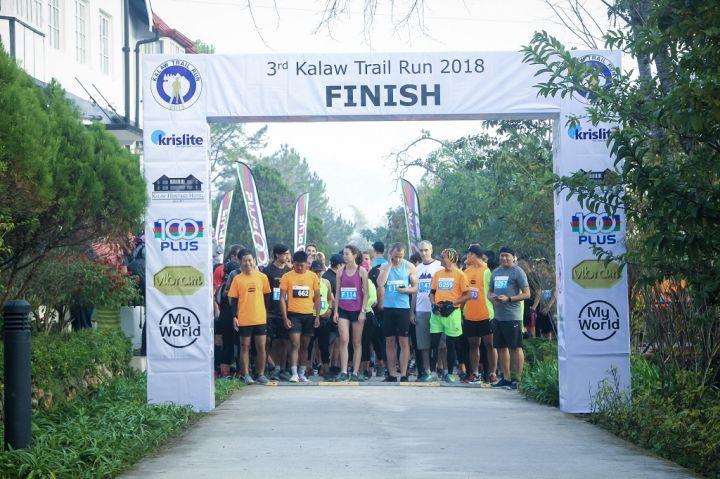 Kalaw-Trail-Run-2018-Flag-Off_1_Credit-to-Run-Myanmar.jpg