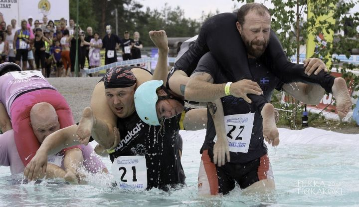 Wife-Carrying-World-Championships.jpg
