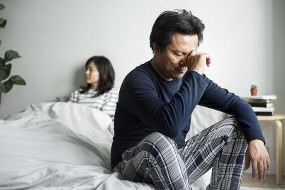 asian-couple-have-an-argument-H896QLU.jpg