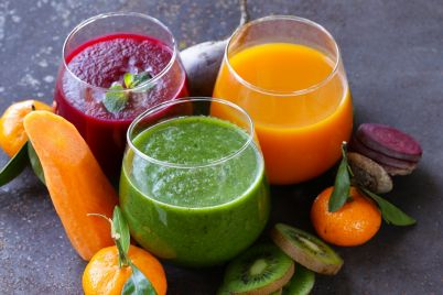 assorted-fresh-juices-from-fruits-PB3MMV8.jpg