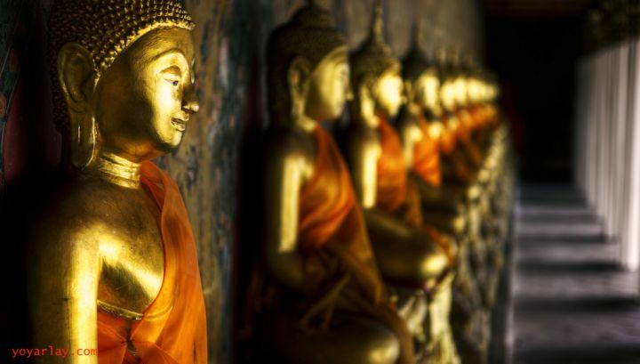 buddhas-of-wat-arun-PUMQGHM.jpg