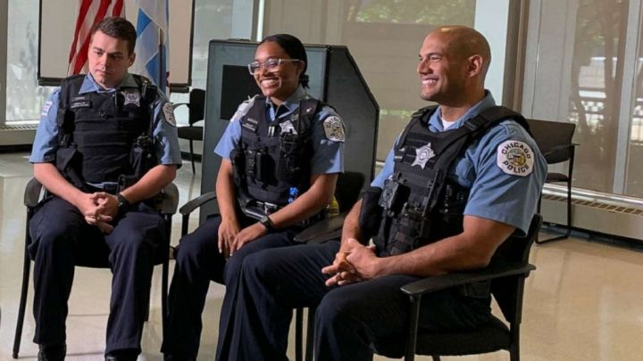 chicago-police-save-boy-ht-jt-190606_hpMain_16x9_992.jpg