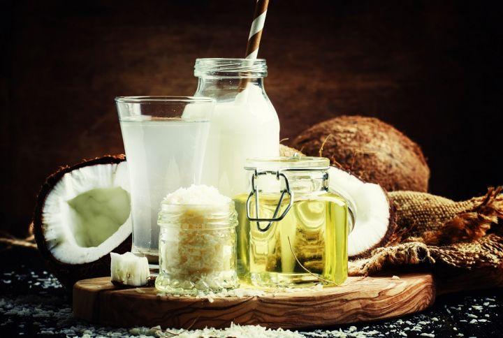 coconut-products-set-milk-water-oil-shavings.jpg