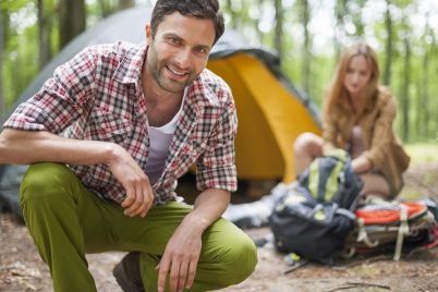 couple-on-camping-in-the-forest-U6DZ8GP.jpg