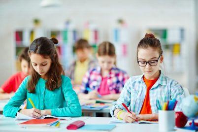 exam-at-school-P82Z5E3-e1564546342596.jpg