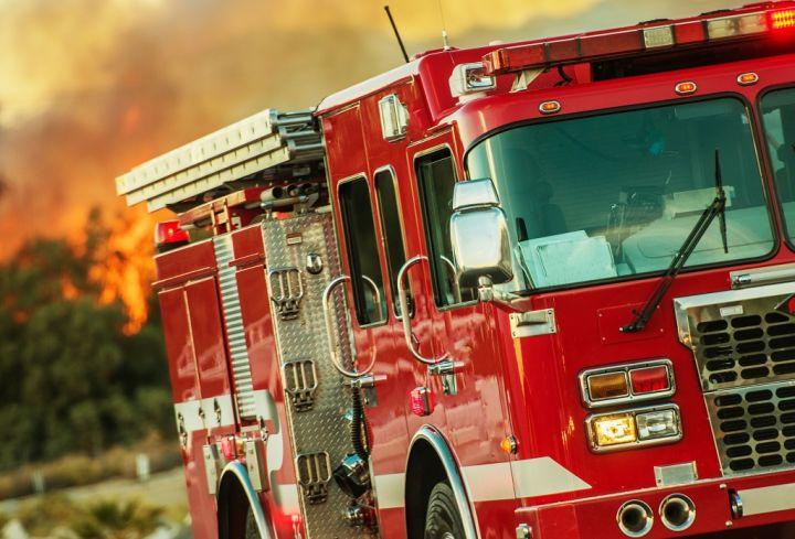firefighting-operations-truck-P83QJ59.jpg