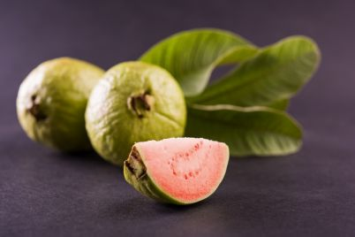 fresh-guava-leafe.jpg
