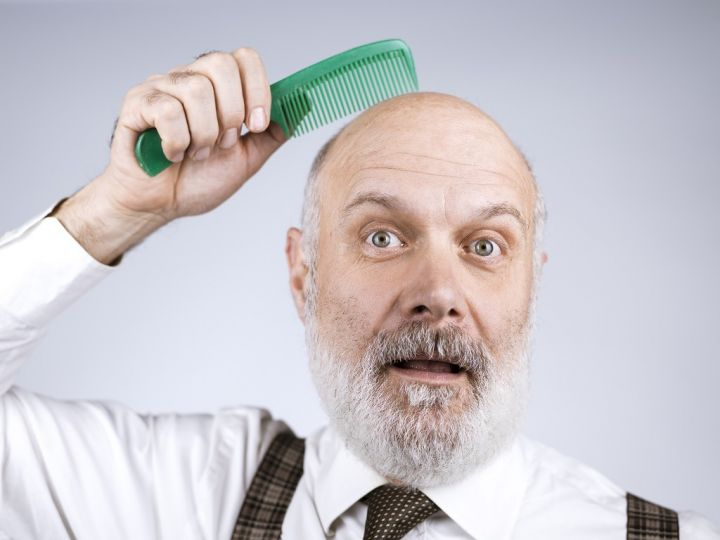 funny-bald-man-combing-his-head-R4ZGD2B.jpg
