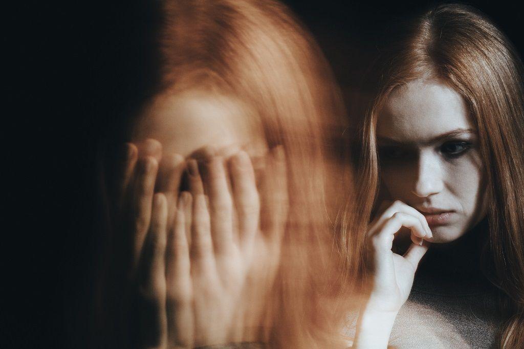 girl-with-split-personality-disorder-PWJ4D9N.jpg