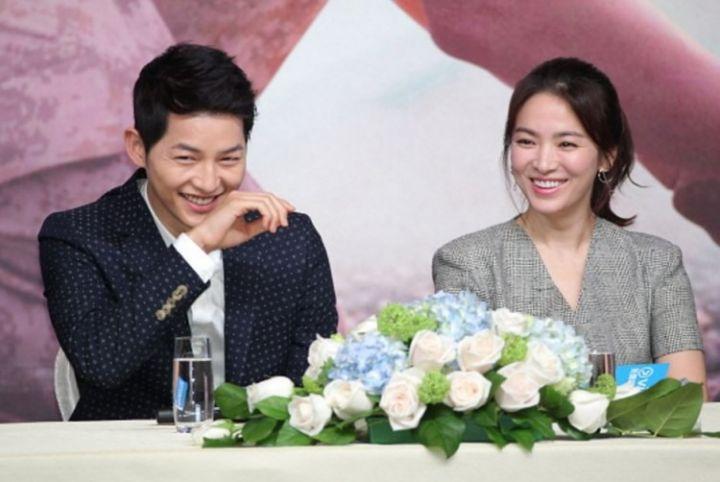 hong-kong-april-05-china-out-actor-song-joong-ki-and-actress-song-hye-kyo-attend-television-drama-descendants-of-the-sun-press-conference-on-april-5-2016-in-hong-kong-hong-kong.jpg