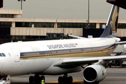 http_2F2Fcdn.cnn_.com2Fcnnnext2Fdam2Fassets2F131016081619-singapore-airlines-flight-21-a340.jpg