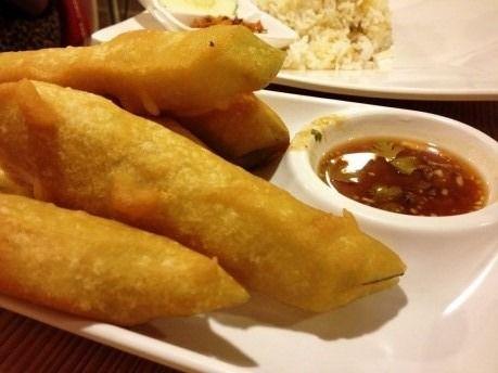 inle-myanmar-gourd-fritters-00.jpg