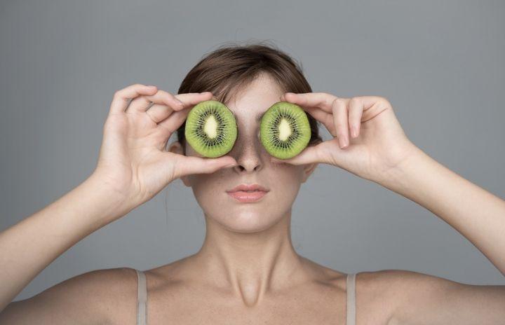 kiwi-eyes-WH9QJDF.jpg