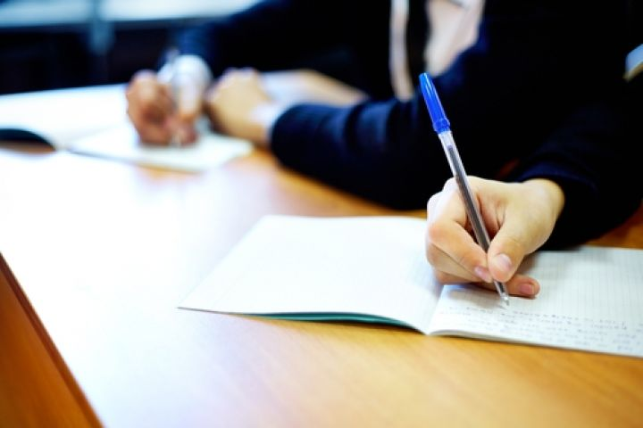 law-student-exams.jpg