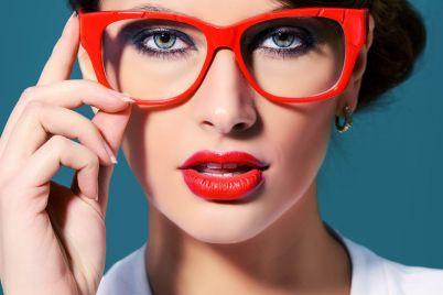 makeupwithglasses_e.jpg