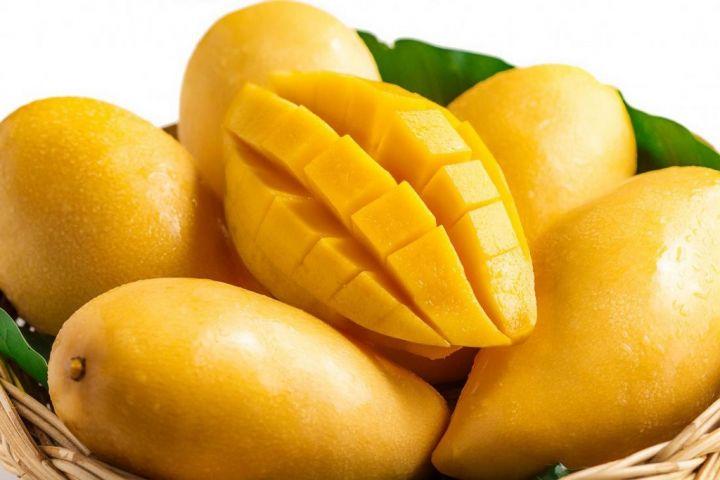mangoes-chopped-and-fresh.jpg