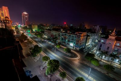 night-view-of-yangon-cityscape-myanmar-burma-PUBXC8X-e1564399320688.jpg