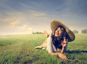 ပူပြင်းလှတဲ့ရာသီမှာ ကိုယ့်ကိုယ်ကိုယ် ကျန်းမာစွာနေထိုင်ကြမယ်