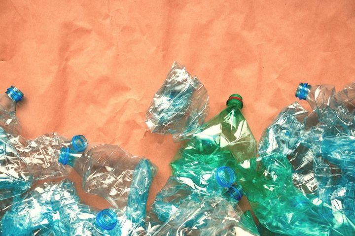 plastic-bottles-for-recycling-SRDYH9G.jpg