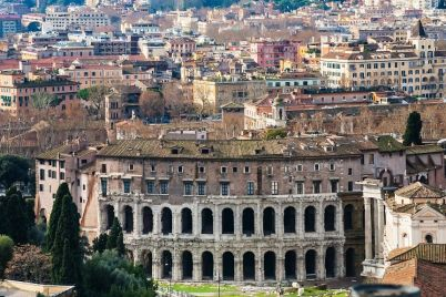 rome-city-with-ancient-theatre-of-marcellus-PA3UYNN.jpg