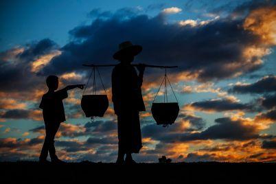 rural-life-at-sunset-PSXFCJE.jpg
