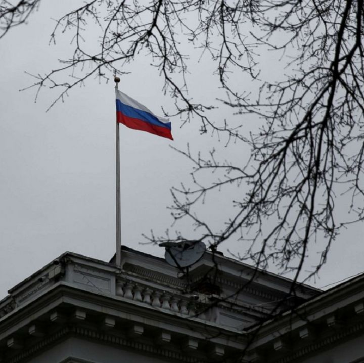 russian-consulate-seattle-rtr-jc-180329_hpMain_4x3_992.jpg