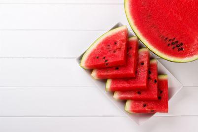 sliced-juicy-watermelon-PSGTWP6.jpg